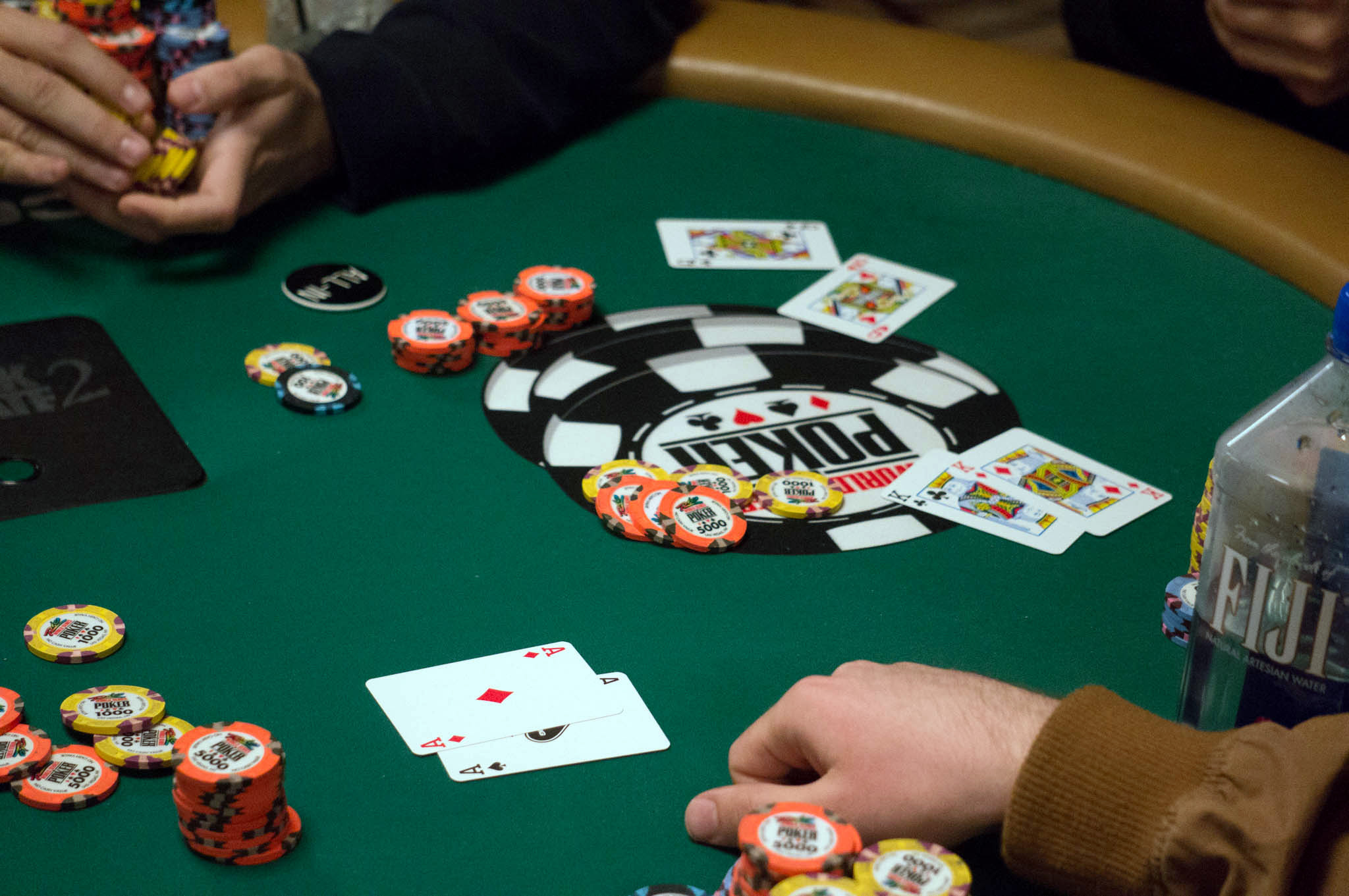 Short handed limit poker betting new customers betting offers wizard